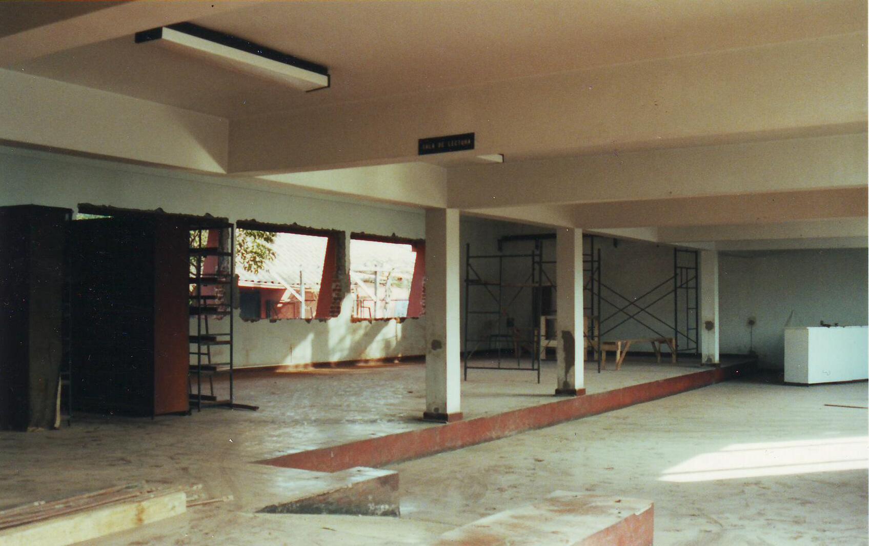 Remodelación de biblioniños 2004