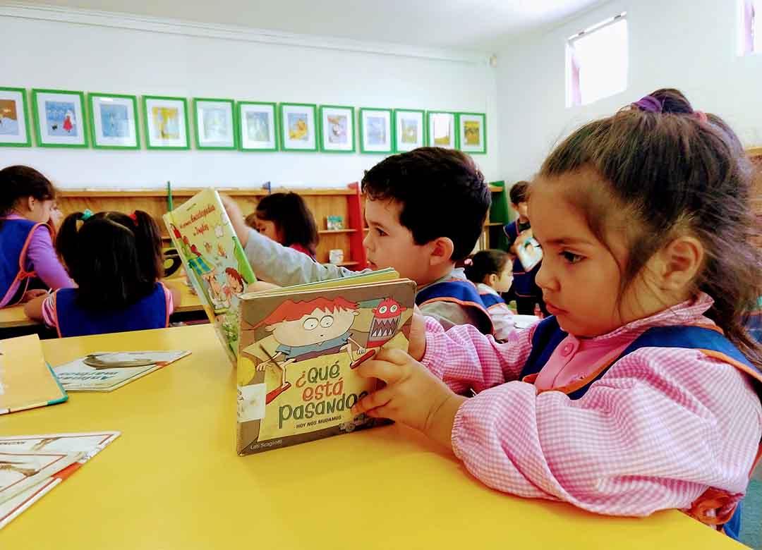 niños leyendo1